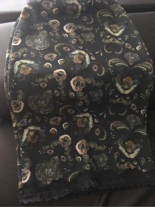 Falda tubo lencero
