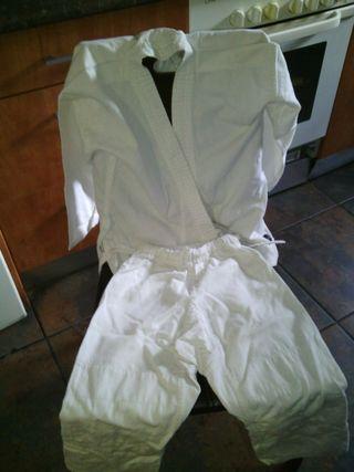 2 trajes de judo