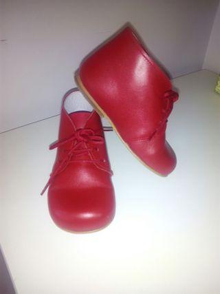 Bota piel roja