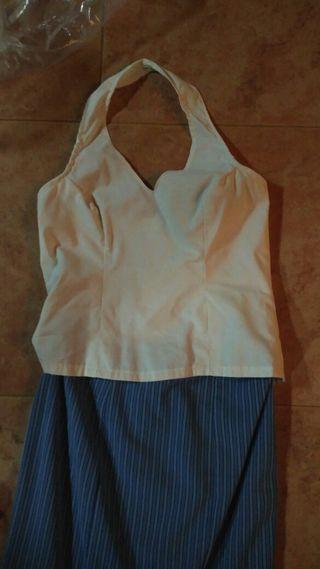 Falda flamenca y corpiño amarrado al cuello