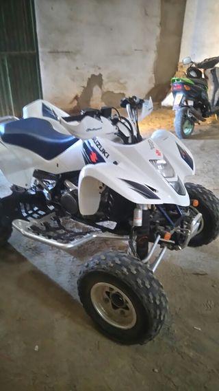 Vendo quad suzuki ltz 400