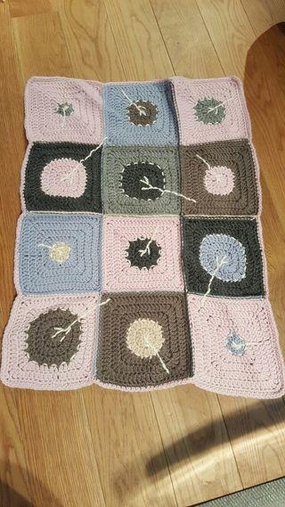 Manta de ganchillo hecha a mano patchwork