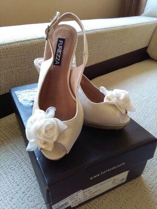 zapatos de novia de colores de segunda mano en la provincia de cádiz