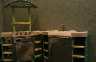 Cocinita de juguete de segunda mano por 35 en madrid en for Cocinitas de juguete segunda mano