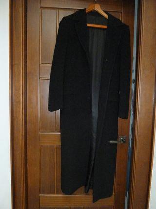 Abrigo largo negro El Corte Inglés