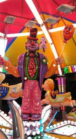 Polifibra con iluminacion led - Feria