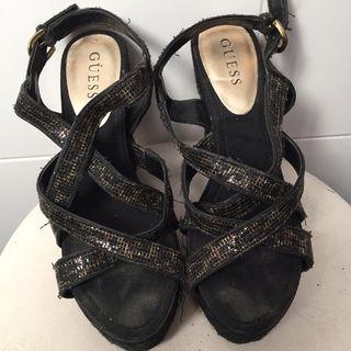Zapatos Gues