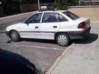 Opel Astra 1996 1.6 GL