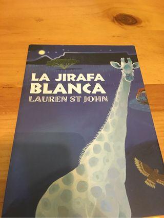 La jirafa blanca Lauren st John
