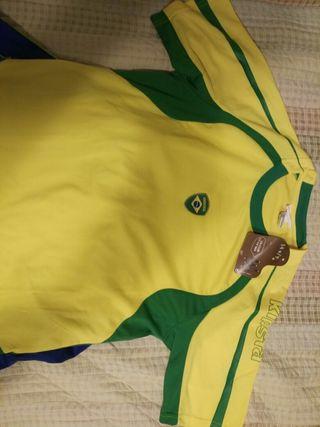 Conjunto de futbol Brasil