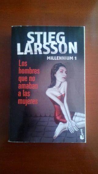 Libro Stieg Larsson ( Los hombres que no amaban a las mujeres )