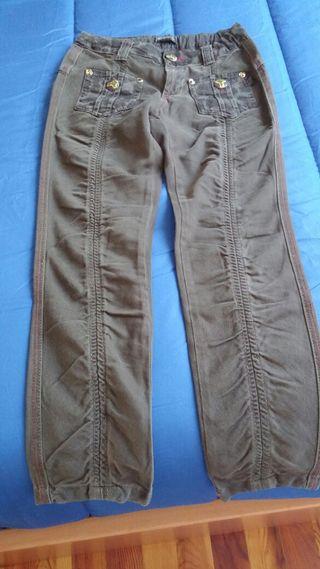 Pantalón niña talla 8 Carbone.