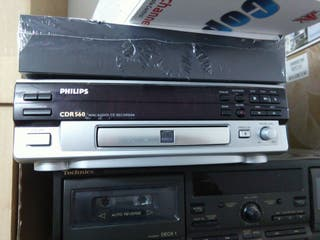 Gravadora de audio phillips CDR-560