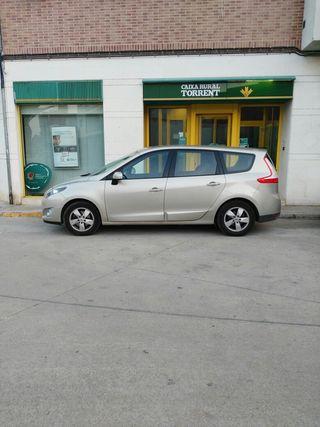Renault Grand Scenic 2.0. 7 plazas. Gasolina.