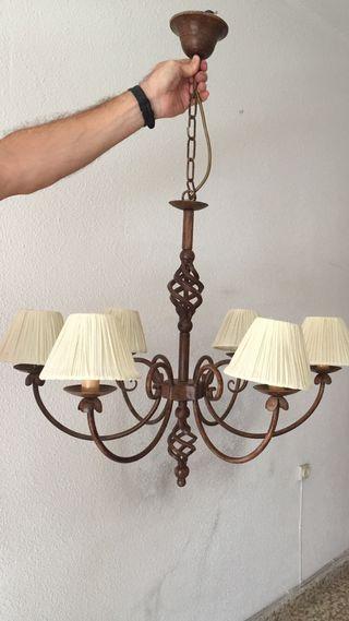 Lampara forja italiana con 6 lámparas.