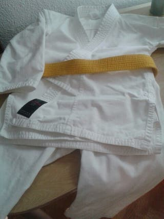 Kimonos de KARATE.