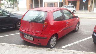 Coche Fiat Punto ROJO. SUPER COMODO OFERTA