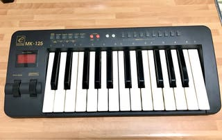 teclado controlador midi evolution mk125 de segunda mano por 35 en madrid en wallapop. Black Bedroom Furniture Sets. Home Design Ideas