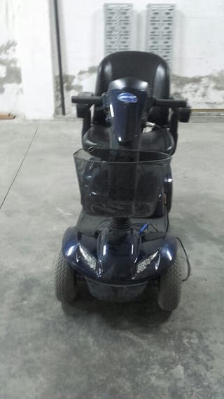 Scooter eléctrica INVACARE LEO