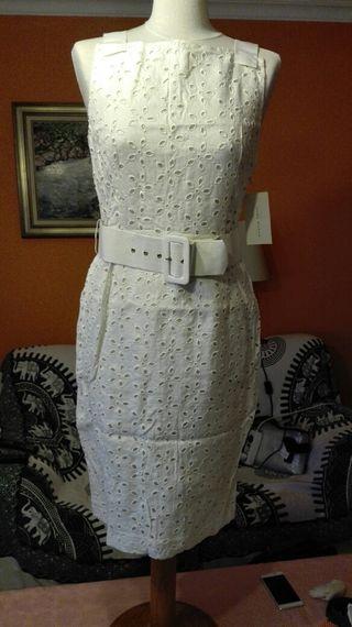 Vestido blanco roto