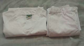 Casaca y pantalon
