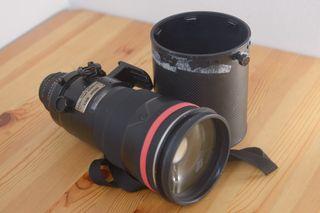 Teleobjetivo Nikon ED 300mm f2.8 DII