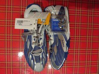 Zapatillas de Clavos NUEVAS Talla 39