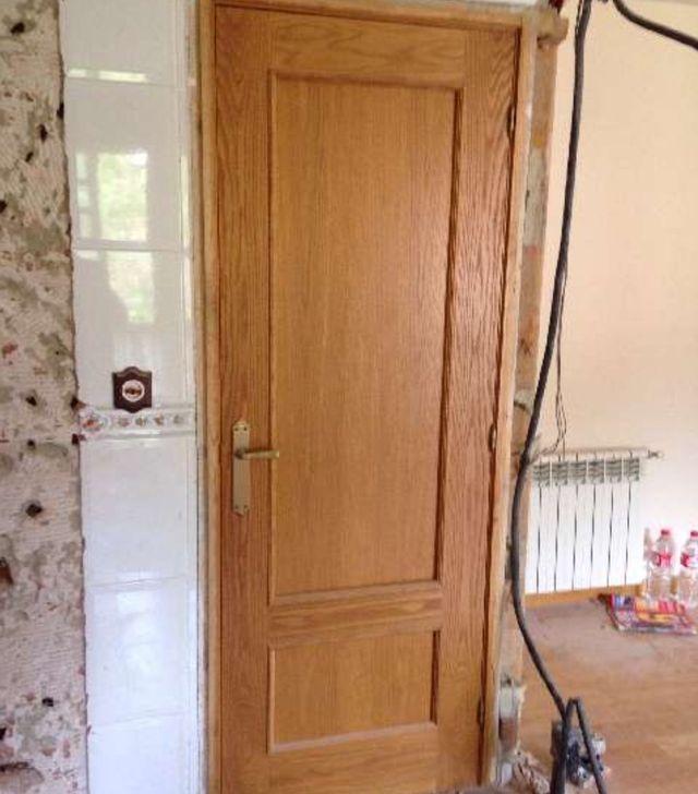 2 puertas macizas de casta o de segunda mano por 60 en santander en wallapop - Puertas de castano ...