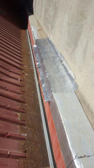 Arreglo de tejado ( goteras ).