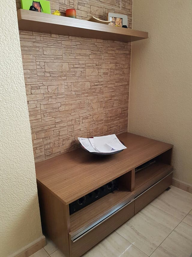 Mueble comedor para la tele+2 estantes de pared. de segunda mano por ...