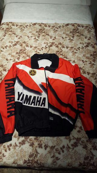 Chaqueta Yamaha