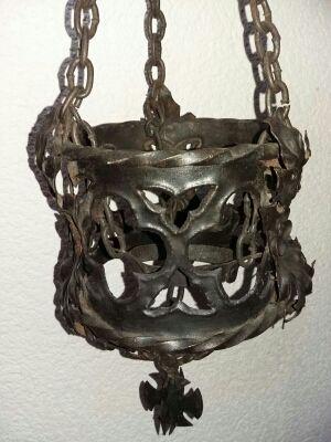 Lámpara de hierro forjado