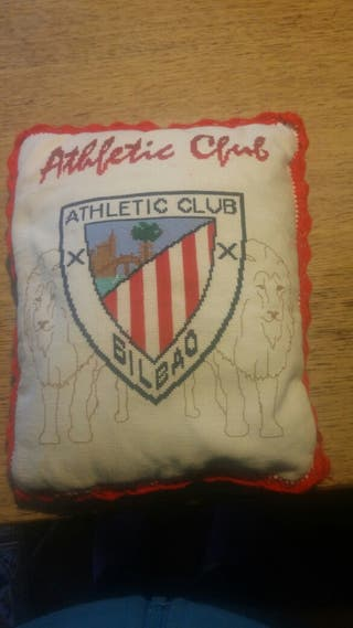 Cojin escudo athletic