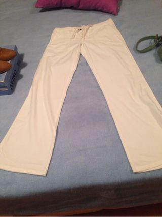 Pantalón pana nuevo