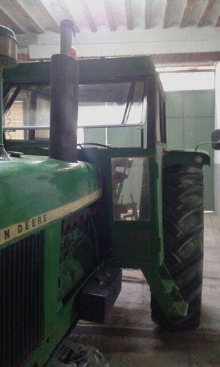 Tractor john deere 3120