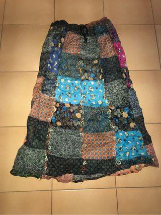 Falda larga Hindú
