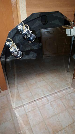 espejo de baño.Tocador