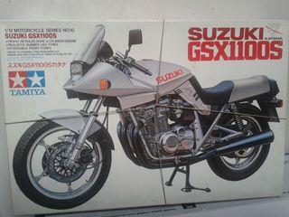 Maqueta moto Suzuki GSX1100S