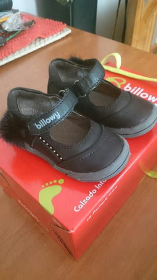 Zapatitos piel Billowy número 22