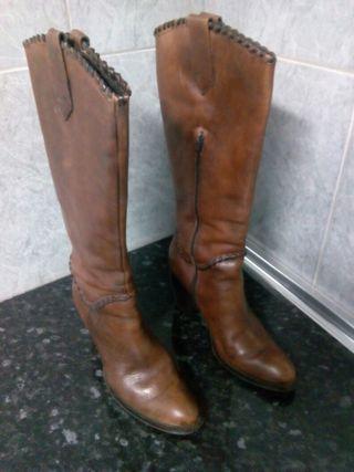 Botas de dama piel auténtica