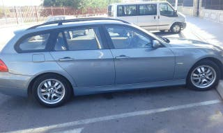 Coche bmw 320d turing