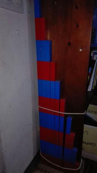 Listones rojos y azules montessori