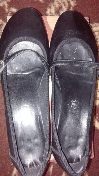 Zapatos con tacon bajo