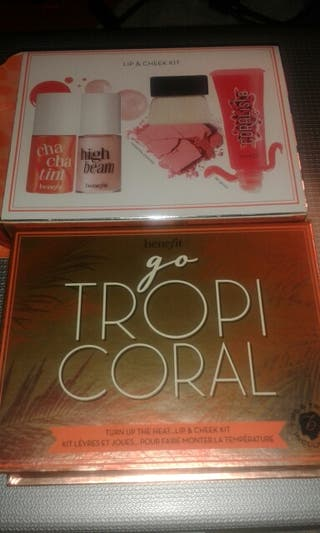Benefit kit tropicoral
