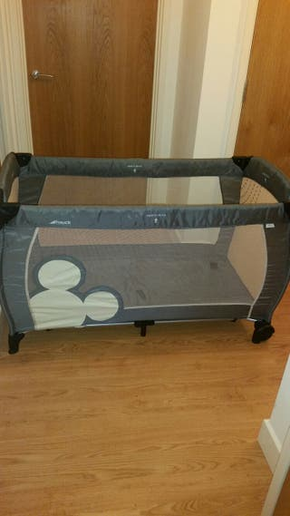 Mickey Travel cot