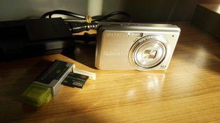 Cámara Sony Cyber-shot nueva