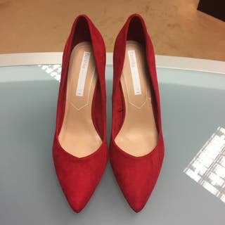 Zapatos Bershka rojos talla 40