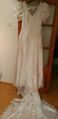 Vestido de novia blanco muy nuevo