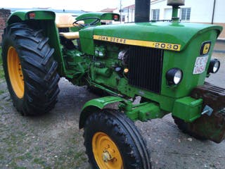 Tractor JONH DEERE 2030
