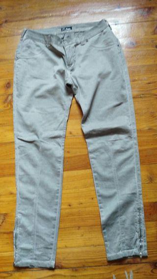 Pantalón gris Pimkie 40